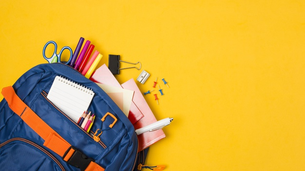 yellow-copy-space-with-backpack-full-school-supplies_23-2148224289 Główna